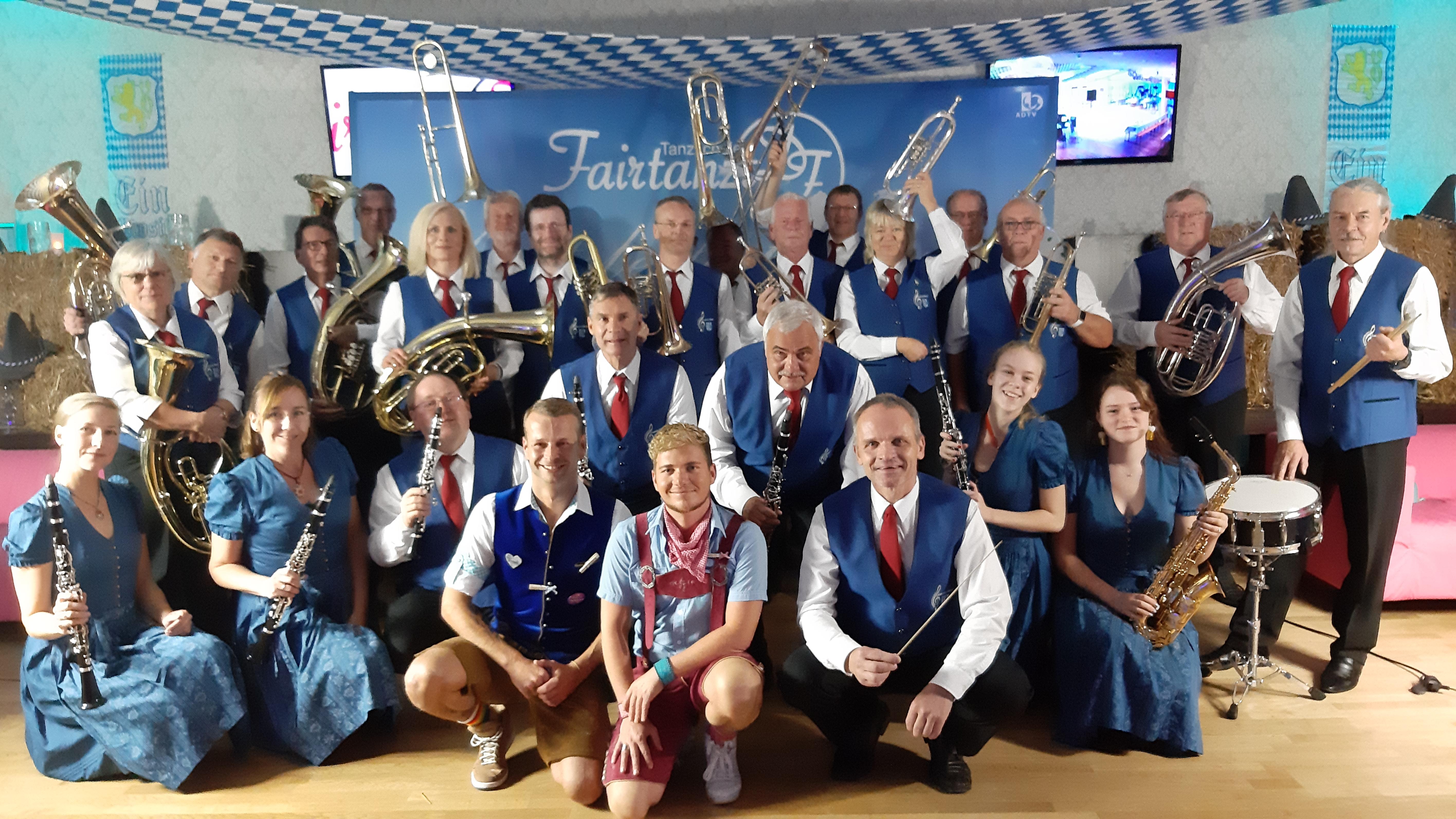 Oktoberfest in der Tanschule Fairtanzt in Geltow