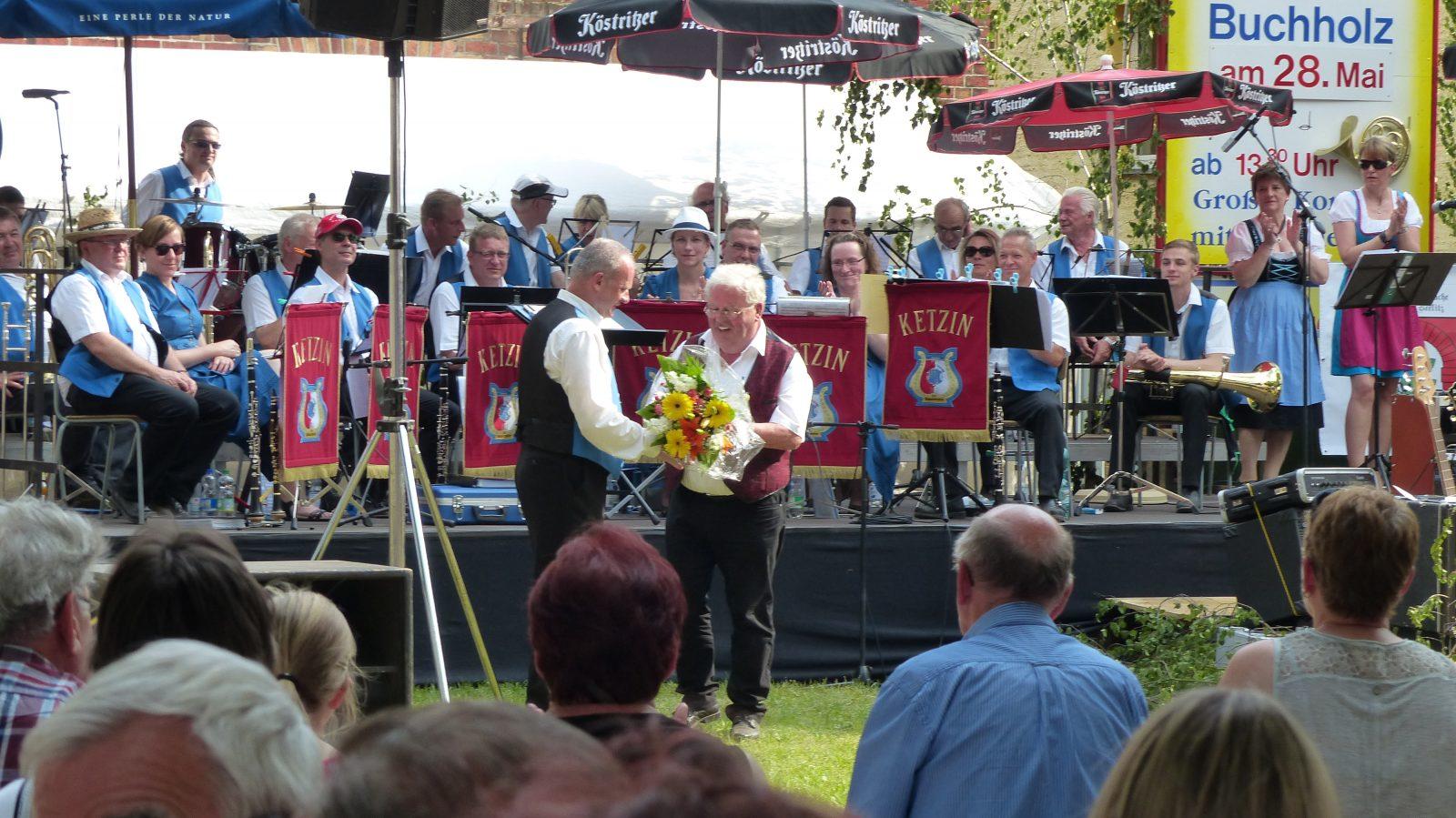 Vielen Dank für die Blumen - Fest der Blasmusik Buchholz 2017
